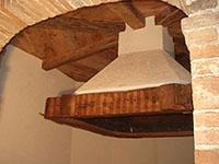 Caminetto con soffitto ottagonale
